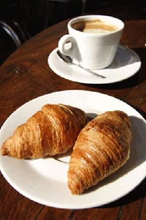 Круассаны (французские сладости)